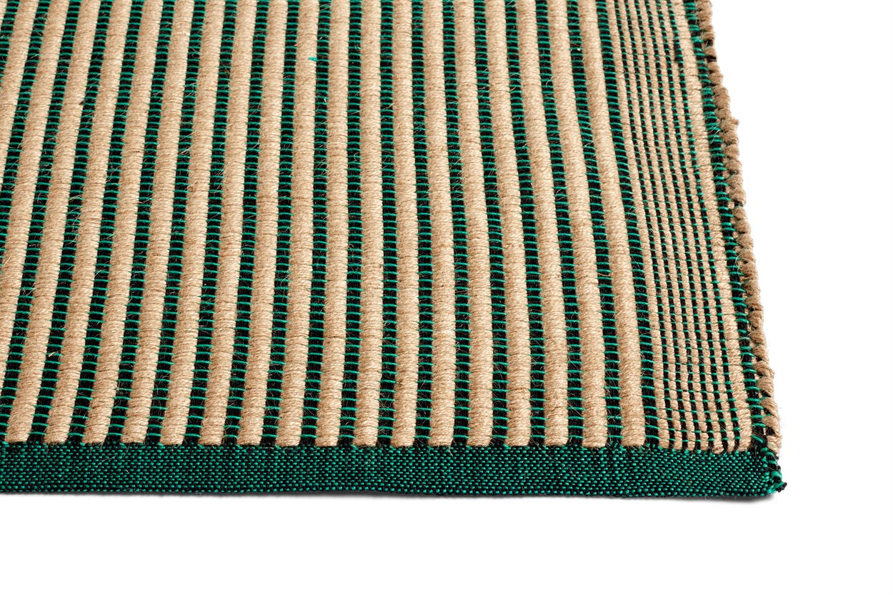 Picture of: Hay Tapis Taeppe Black And Green